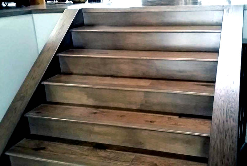 Hardwood stairs gallery summit custom hardwood edmonton for Hardwood floors on stairs